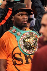 Floyd Mayweather Jr. v Victor Ortiz